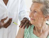 لهذا السبب.. التطعيمات ضرورية لكبار السن