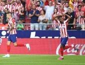 أتلتيكو مدريد يخطف فوزا قاتلا من إيبار ويتصدر الدوري الإسباني