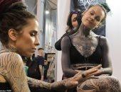"""كل واحد بيعرض رسمته.. معرض الوشم الروسى يضم آلاف من المعجبين """"صور"""""""