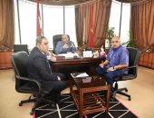 نائب محافظ بورسعيد يجيب على تساؤلات النقابات العمالية بخصوص التأمين الصحى الشامل