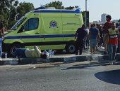 قارئ يشارك بصور لحادث تصادم 3 سيارات أعلى كوبرى اكتوبر باتجاه مدينة نصر