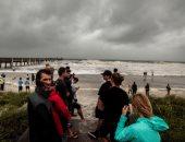 الإعصار دوريان يضرب شاطئ جاكسونفيل بولاية فلوريدا الأمريكية