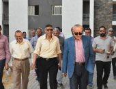 """نائب رئيس """"المجتمعات العمرانية"""" يتفقد المشروعات المختلفة بمدينة القاهرة الجديدة"""