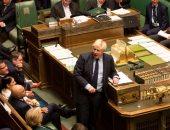 حفيد تشرشل يصوت ضد رئيس وزراء بريطانيا ويخاطر بطرده من الحزب