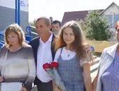 فتاة تعثر على أسرتها بعد 20 عامًا من اختفائها فى بيلاروسيا.. اعرف قصتها؟