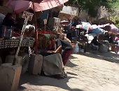 قارئ يشكو انتشار الباعة الجائلين بجوار سور مجرى العيون بمصر القديمة