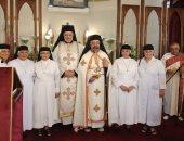 صور.. بطريرك الكاثوليك يترأس قداس الاحتفال باليوبيل الفضى لراهبتين بمصر الجديدة