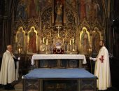 """كنيسة نوتردام تعرض """"تاج الشوك"""" أمام الجمهور لأول مرة منذ اندلاع الحريق بها"""