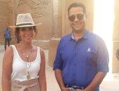 منى زكى تزور معبد الكرنك خلال تصوير مشاهد فيلم العنكبوت