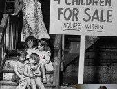 وجه آخر للأمومة.. أمريكية تبيع أطفالها الأربعة مقابل ورق اليانصيب