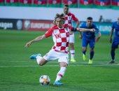فى عيد ميلاده.. مودريتش يقود كرواتيا للتقدم على أذربيجان 1-0.. فيديو