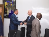 الخطيب يشارك إنفانتينو وأحمد أحمد فى تطوير منظومة الكرة الأفريقية