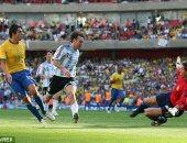 جول مورنينج.. كاكا يسجل ضد الأرجنتين بعد مشوار من قبل منتصف الملعب