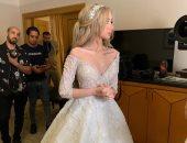 """شاهد.. هنا الزاهد """"عروسة باربى"""" فى حفل زفافها على أحمد فهمى"""