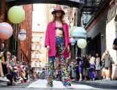 عرض أزياء Cynthia Rowley بالقبعات مستوحى من سلسلة قصص الكارتون Dr. Seuss
