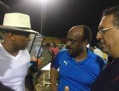 حاجى ضيوف يلتقى لاعبى الزمالك بعد الخسارة من جينيراسيون فوت السنغالى