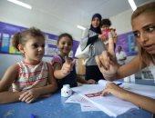 الأطفال والشيوخ يسطرون مستقبل تونس فى الانتخابات الرئاسية