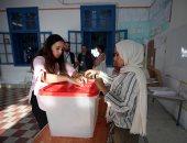 التونسيون يدلون بأصواتهم فى انتخابات الرئاسة