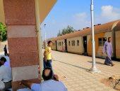 تخزين قطار الأقصر نجع حمادى ساعتين بسبب وجود مواعيد أخرى مقاربة له