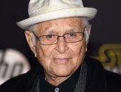 بعد إتمامه 97 عاما.. نورمان لير أقدم الحاصلين على جائزة الـ Emmy