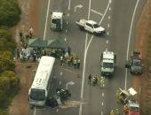 مقتل 10 فى تصادم بين شاحنة وحافلة صغيرة بجنوب رومانيا
