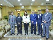 محافظ دمياط تبحث مع نائب سفير الهند تعزيز التعاون المشترك