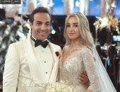 أحمد فهمي ساخرا من صورة زفافه: هنا الزاهد اتجوزت شيبة.. وشيكو يرد: حذرناها