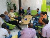 صور.. رئيس مدينة الطود ووكيل الصحة يناقشان أزمة الصرف بمستشفى العديسات الجديدة