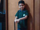 """باليونيفورم واللانش بوكس.. """"مى"""" تشارك بصورة ابنها فى أول يوم مدرسة"""