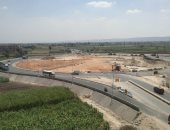 محافظ أسيوط: 1.2 مليار جنيه لإنشاء محور الهضبة الغربية وتطوير الطريق الدائرى