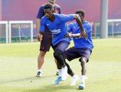 ديمبيلي ينتظر التصريح الطبى للمشاركة مع برشلونة ضد غرناطة