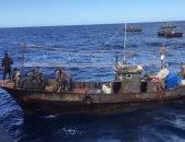 فيديو.. مهربو مخدرات ينقذون رجال الشرطة الإسبانية بعد غرق المركب الشرطي