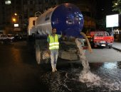 """صور.. """"الصرف الصحى"""" تجرى إختبارات لتصريف مياه الأمطار بأحياء الإسكندرية"""