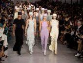 جيمس بوند وتشارلز آنجلز فى عرض أزياء Max Mara بأسبوع الموضة فى ميلان