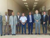 صور .. رئيس جامعة أسوان يلتقى وفد مشروع مركز التميز للمياه