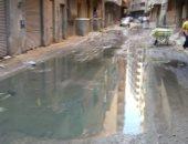 """أهالى عزبة النخل الشرقية يشكون انتشار مياه الصرف بشارع """"وابور عصمت"""""""