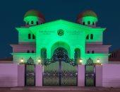 """تزامناً مع تسليم رخصاتها.. دور العبادة مضاءة باللون الأخضر فى أبو ظبى """"صور"""""""