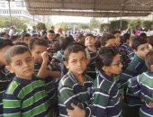 صور وفيديو.. طلاب المعهد الأزهرى بمدينة نصر يحيون العلم فى أول أيام الدراسة
