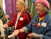 لكبار السن.. ممارسة التمارين الرياضية وألعاب الفيديو يدعم مرضى الشلل الرعاش