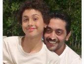 أحمد فلوكس يحتفل بعيد ميلاد ابنه بصورة لهما .هيكون أهم لعيب كرة في مصر