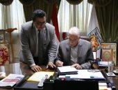محافظ جنوب سيناء يقرر التكفل بالمصاريف الدراسية لغير القادرين