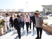 صور.. محافظ بورسعيد يتابع سير العمل بالمنطقة الصناعية