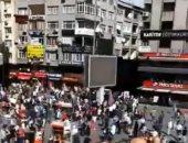 زلزال اسطنبول يكشف هشاشة البنية التحتية بتركيا.. هزة أرضية بقوة 5.7 تضرب كبرى المدن التركية.. انقطاع الاتصالات يدفع الأتراك للهروب إلى الشوارع.. وأكرم أوغلو يؤكد عدم تلقيه تقارير بمصابين أو أضرار فى الممتلكات