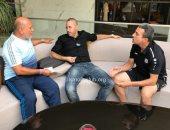 أكرم العلياوي يزور بعثة الإسماعيلي في تونس