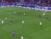 ريمونتادا إيبار تقهر إشبيلية فى الدوري الإسباني.. فيديو