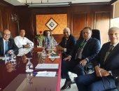 نائب رئيس جامعة المنوفية يحكم مسابقة دوري الجراحين