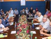 رئيس هيئة ميناء دمياط يلتقى بممثلى الشركات العاملة بالميناء