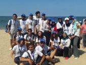 صور.. 500 شاب ينظمون حملة لتنظيف شواطئ الإسكندرية
