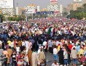 المصريون يحتشدون بميدان الشهيد هشام بركات لدعم الدولة.. فيديو وصور