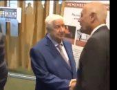 فيديو .. أبو الغيط مصافحا وفد الحكومة السورية بنيويورك: بفرح جدا لما بشوفكم